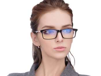 How to defend blue light glasses to undertake appraisal?